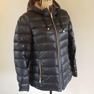 Calvin Klein reversible puffer jacket in size XL
